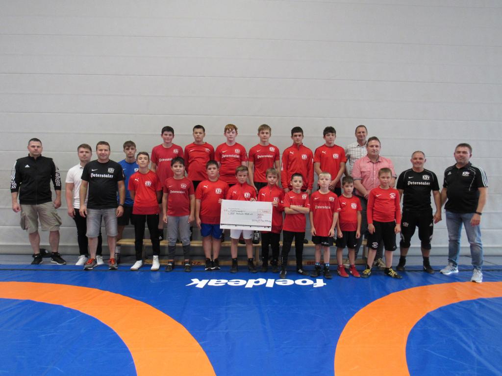 ringen_sport_ksv-haslach_spende_glueckauf-stiftung_team_16-08-2021